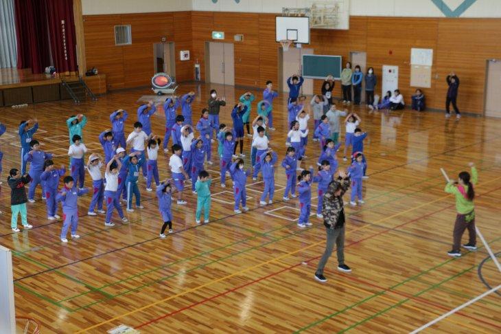 南相馬市小高区4つの小学校で「トモダチ盆唄」