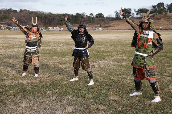 南相馬の3イケメン'sも鎧兜で「トモダチ盆唄」